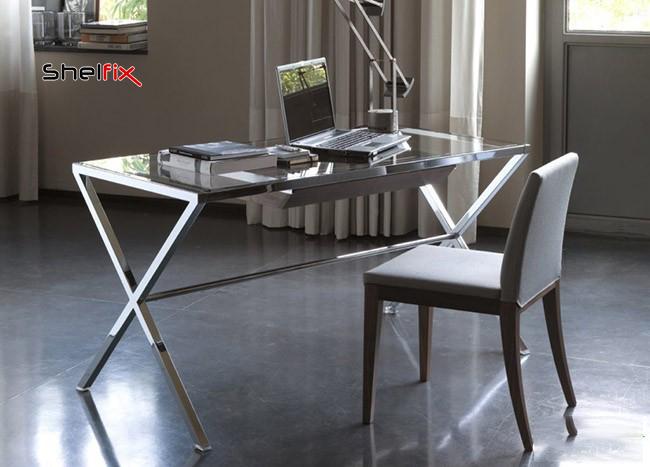 میز فلزی و شیشه ای